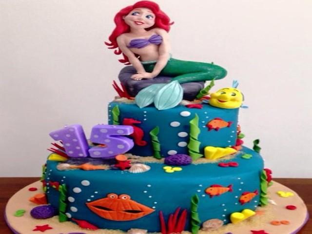 ariel torta compleanno foto
