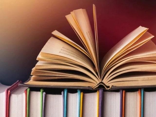frasi e immagini sui libri