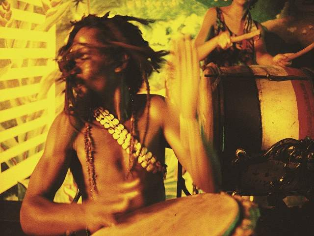 frasi sulla musica reggae