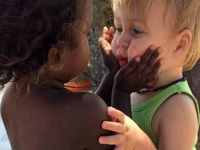 frase contro il razzismo