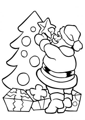 Babbo Natale prepara l'albero