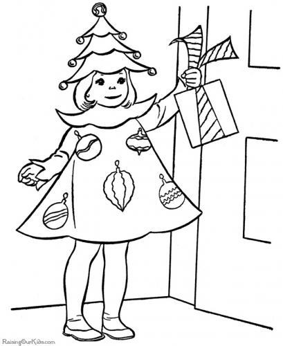 bimba vestita da albero di Natale