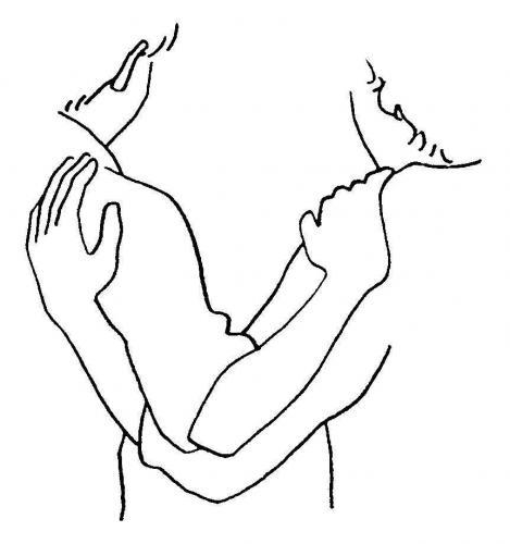 abbraccio tra persone