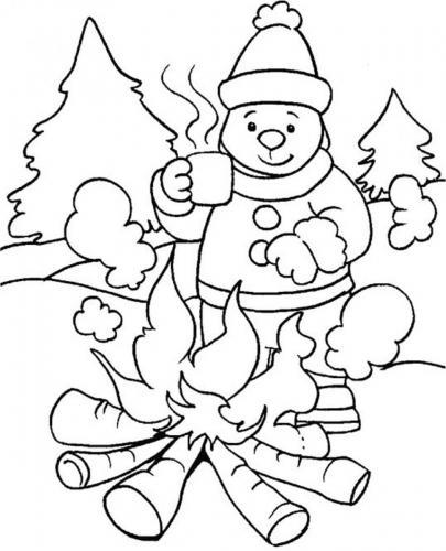 immagine di un fuoco sulla neve
